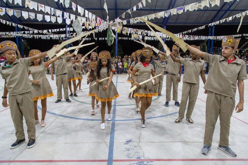 Alunos da zona rural celebram a carnaúba durante Projeto Junino 2019